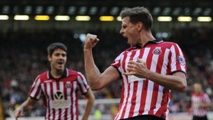 Sheffield United will be the latest team hoping to end Cambridge United's impressive home record on Sunday.