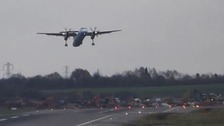 Video: Plane struggles to land in high winds