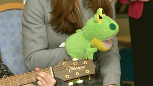 During the nursery rhyme session Kate plays with a frog hand puppet!