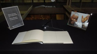 Nelson Mandela Book of Condolence, Senedd