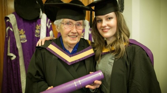 90-year-old Helen Hetherington with her granddaughter Rachael as she collects her degree from Manchester University.