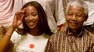 Campbell and Mandela in 2001.