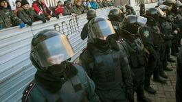 EU suspends Ukraine trade deal plans amid protests
