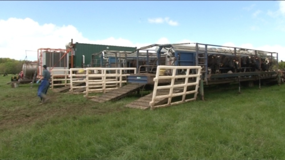 meet the farmers with mobile milking parlour
