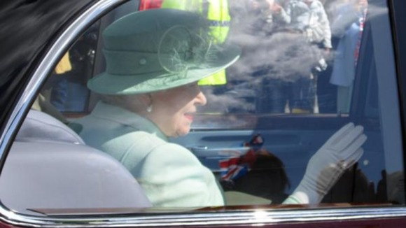 The Queen arrives in Burnley