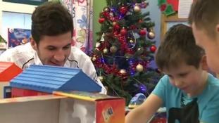 Derby County spread festive cheer on Children's Ward