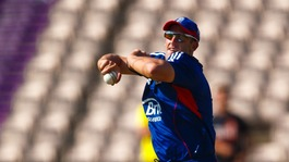 England call up Kent spinner James Tredwell to Ashes Test squad