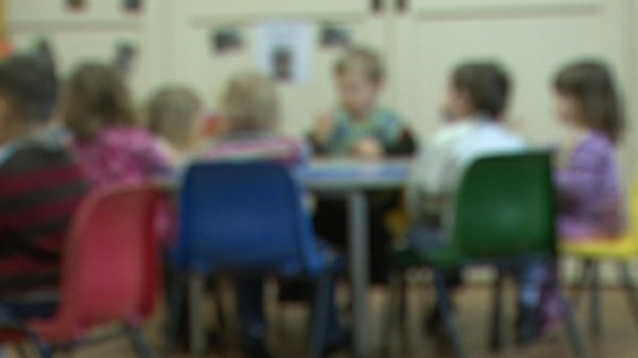 Parenting class pilot scheme to be introduced in High Peak in Derbyshire.