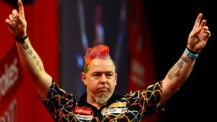 Peter Wright gave Michael van Gerwen a fright in the World Darts Championship final.