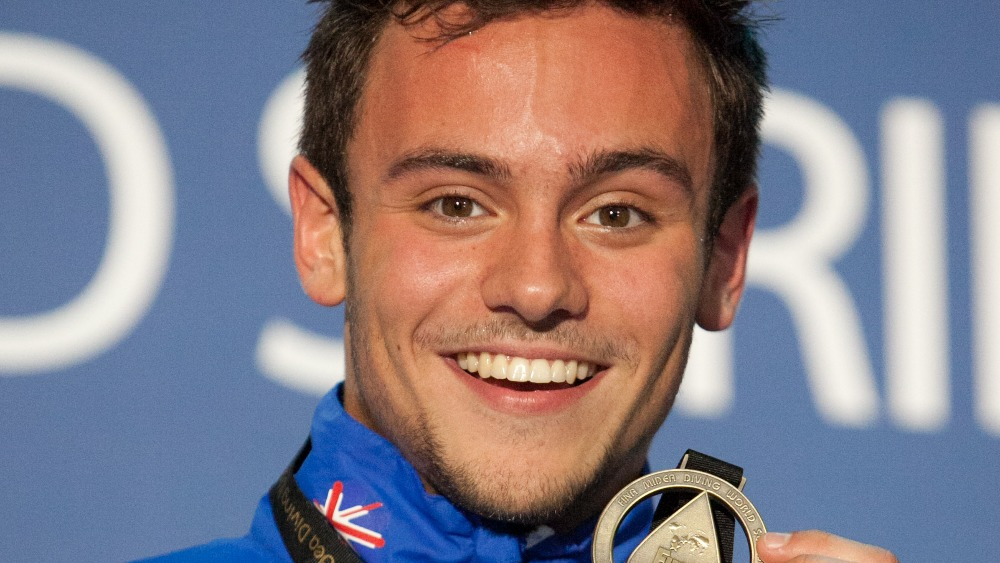 Diver Tom Daley moves training base to London - ITV News