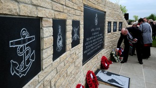 Wreath laying at Falklands memorial