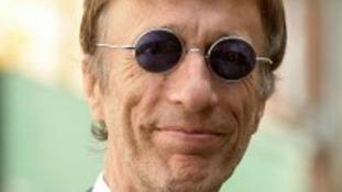 Bee Gees star Robin Gibb dies