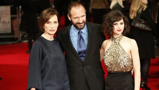 Kristin Scott Thomas, Ralph Fiennes, and Felicity Jones