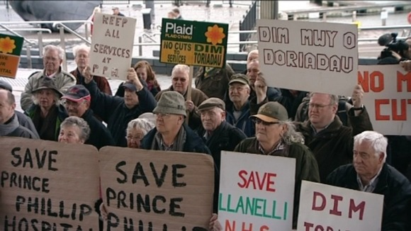 Llanelli hospital protest, downgrading, Prince Philip Hospital