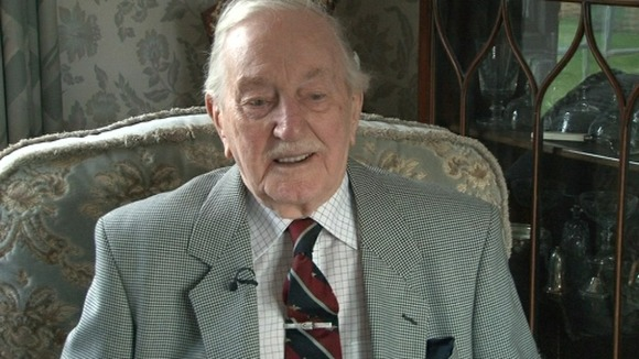 Eric Carter, former spitfire pilot from Kidderminster is encouraging people to get involved with the Jubilee Time Capsule