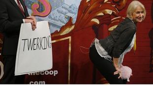 Helen Mirren proves dames are not above twerking