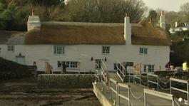 Cornish pub rises from ashes to win major tourism award