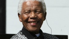 Nelson Mandela leaves money to staff as will is made public