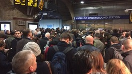 Unions suspend London Underground strike