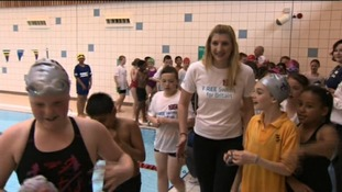 Olympic swimmer Rebecca Addlington with children