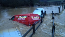 Floods clear-up but with the threat of more rain