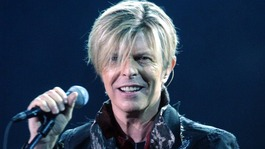 David Bowie becomes oldest winner of a Brit Award