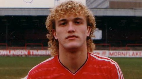 Steve Davis crewe manager in his playin days