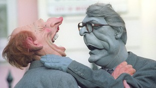Spitting Image puppets of John Major and Neil Kinnock fighting.