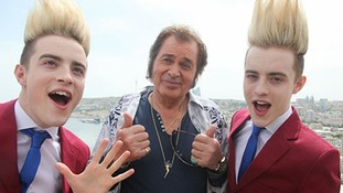 Eurovision hopeful Engelbert Humperdinck meets Irish entrants Jedward.
