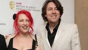 Jonathan Ross pulls out of sci-fi awards after online abuse