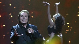 Humperdinck gave a flawless performance.