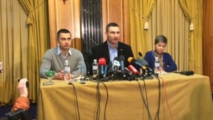 Vitali Klitschko visits Donetsk in bid to ease Ukraine divisions