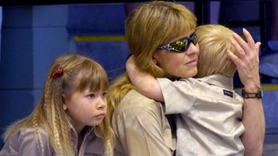 Terri Iwin, wife of Steve Irwin, with daughter Bindi and son Bob.