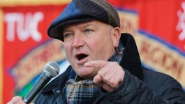 Tributes to RMT union leader Bob Crow