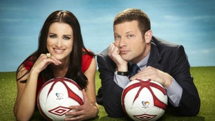 Kirsty Gallacher and Dermott O Leary host tonight's coverage