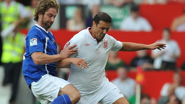 England win Soccer Aid - ITV News Gerard Butler Pa