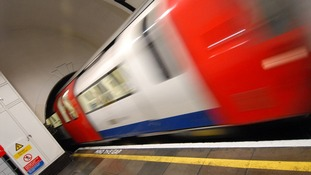 Tube workers offered £850 Olympic pay