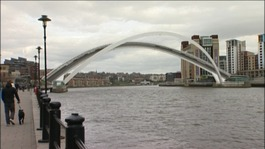 Millennium Bridge fault being investigated