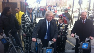 Hire cycle expansion: Boris Johnson with the Pearly Kings and Queens