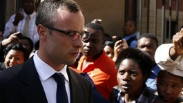 Pistorius re-enacts Steenkamp shooting in leaked video
