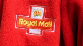 Royal Mail consulting on 1,600 job cuts