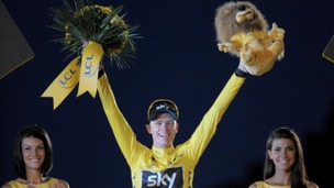 Chris Froome on the 2013 winner's podium