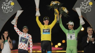 Chris Froome in the Yellow Jersey with Best Climber Nairo Alexander Quintana (left) and Best Sprinter Peter Sagan (right)