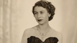 Dorothy Wilding's 1952 portrait of Queen Elizabeth II