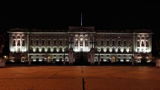 Buckingham Palace before Earth Hour