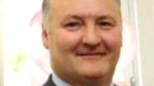 Patients treated by Birmingham surgeon Ian Paterson urged to come forward
