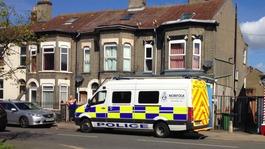Police raids to seize bootleg cigarettes