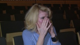 Deaf woman hears live music for the first time
