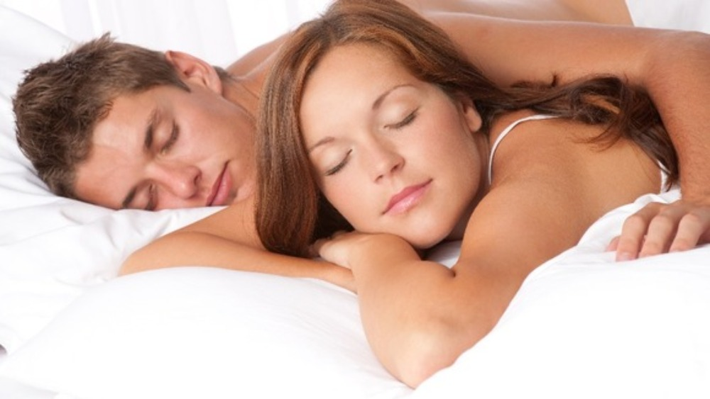 sleeping positions reveal state of your love life meridian itv news. Black Bedroom Furniture Sets. Home Design Ideas