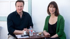 Cameron 'stung by jellyfish' on holiday in Lanzarote